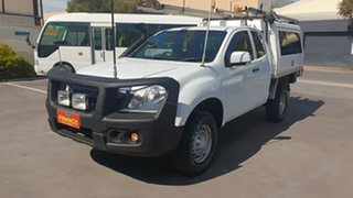 2014 Isuzu D-MAX SX (4x4) Space Cab Chassis.