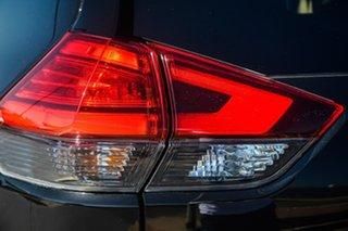 2017 Nissan X-Trail TI Wagon.