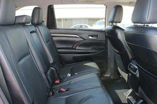 2015 Toyota Kluger Grande AWD Wagon.