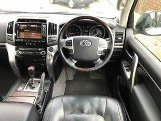 2014 Toyota Landcruiser Sahara (4x4) Wagon.