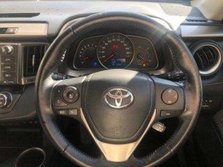 2015 Toyota RAV4 Cruiser (4x4) Wagon.
