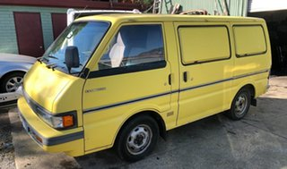 1999 Ford Econovan Maxi Cab Chassis.