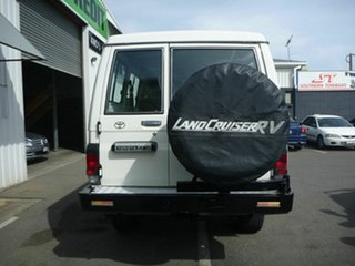 2002 Toyota Landcruiser RV Troopcarrier Wagon.