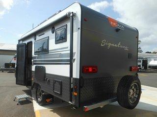 2019 Nova Signature Series 560 [NC4382] Caravan.