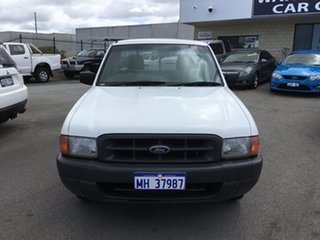 2000 Ford Courier GL Pickup.