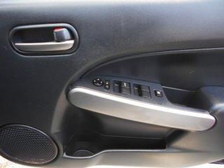 2010 Mazda 2 Maxx Sedan.