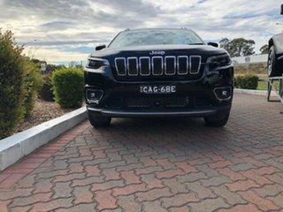 2019 Jeep Cherokee Limited Wagon.