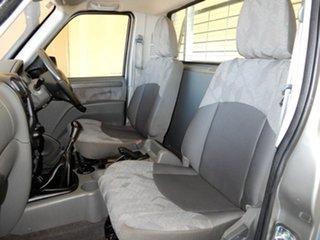 2014 Mahindra Pik-Up (4x4) Cab Chassis.
