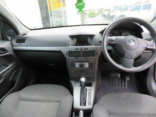 2006 Holden Astra Wagon.