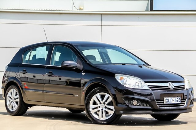 Discounted Used Holden Astra CDX, Pakenham, 2008 Holden Astra CDX Hatchback