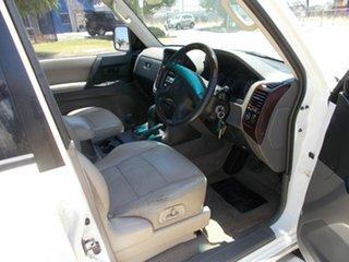 2001 Mitsubishi Pajero Wagon.