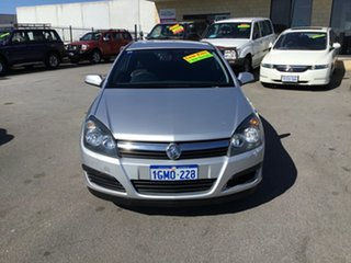 2005 Holden Astra CD Coupe.