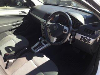 2007 Holden Astra CDX Wagon.