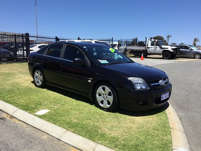 Used Holden Vectra CDXi, Wangara, 2004 Holden Vectra CDXi Hatchback