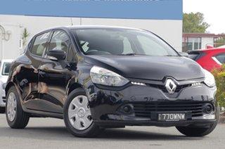 2015 Renault Clio Authentique Hatchback.