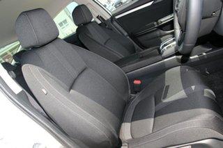 2019 Honda Civic VTi-S Sedan.