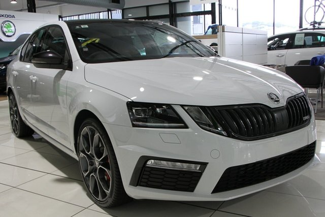 Demonstrator, Demo, Near New Skoda Octavia RS Sedan DSG 180TSI, Bowen Hills, 2019 Skoda Octavia RS Sedan DSG 180TSI Liftback