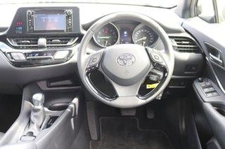 2018 Toyota C-HR S-CVT 2WD Wagon.