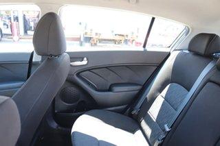 2014 Kia Cerato S Hatchback.