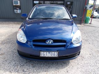 2006 Hyundai Accent GL Hatchback.