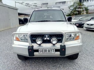 2003 Mitsubishi Pajero GLS LWB (4x4) Wagon.
