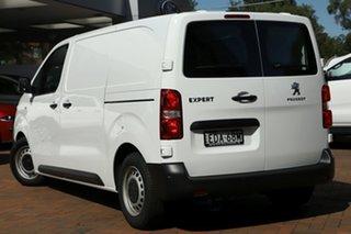 2018 Peugeot Expert 115 HDi Standard Van.