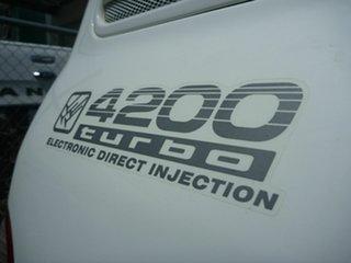 2002 Toyota Landcruiser GXL Wagon.