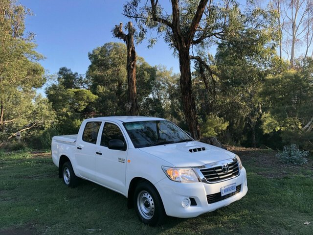 Used Toyota Hilux SR Double Cab 4x2, Queanbeyan, 2013 Toyota Hilux SR Double Cab 4x2 Utility