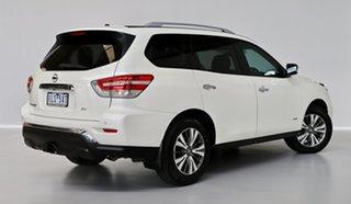 2017 Nissan Pathfinder ST X-tronic 2WD Wagon.