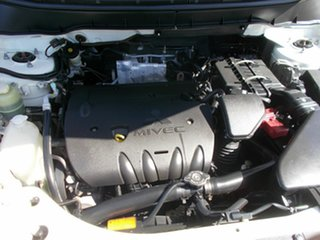 2010 Mitsubishi Outlander Sportswagon.