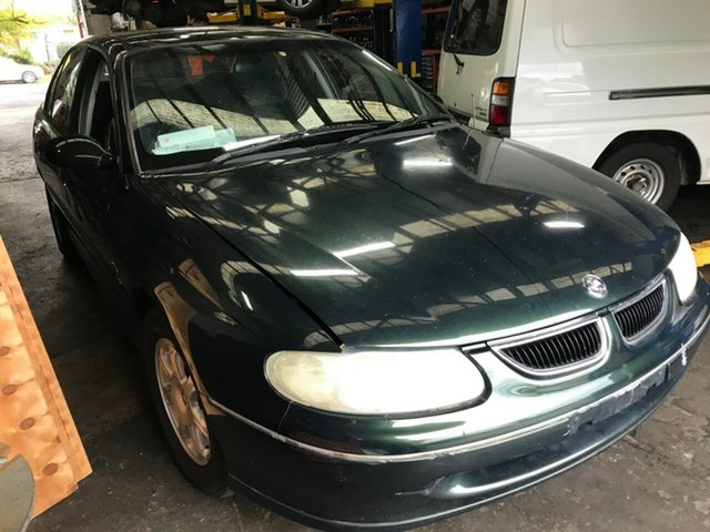 Used Holden Berlina, Glen Waverley, 1998 Holden Berlina Sedan