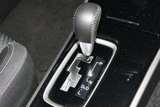 2019 Mitsubishi Outlander ES 2WD Wagon.