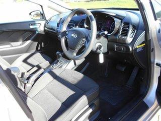 2016 Kia Cerato S Hatchback.