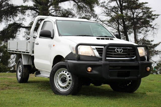 Used Toyota Hilux SR, Officer, 2014 Toyota Hilux SR Cab Chassis