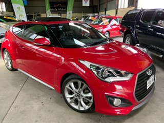 2016 Hyundai Veloster SR Coupe D-CT Turbo + Hatchback.