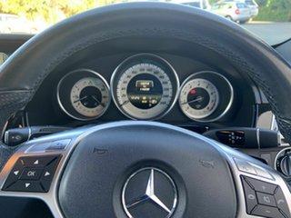 2013 Mercedes-Benz E400 Sedan.