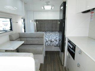 2020 Crusader Lifechanger Experience [DC7955] Caravan.