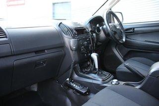2015 Isuzu D-MAX SX Crew Cab Cab Chassis.