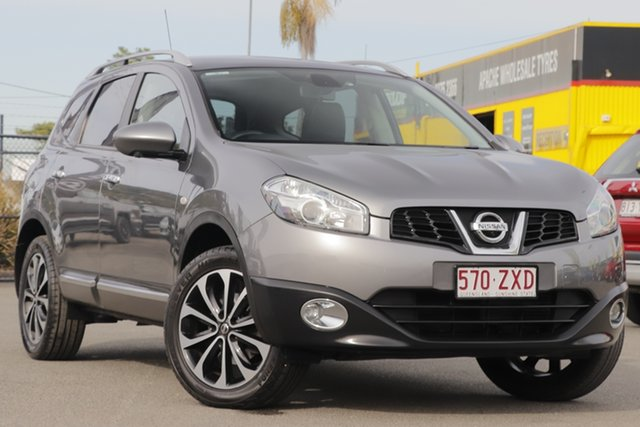 Used Nissan Dualis +2 X-tronic AWD Ti-L, Toowong, 2013 Nissan Dualis +2 X-tronic AWD Ti-L Hatchback