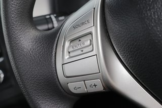 2016 Nissan Navara DX 4x2 Cab Chassis.