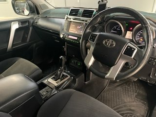 2017 Toyota Landcruiser Prado GXL Wagon.