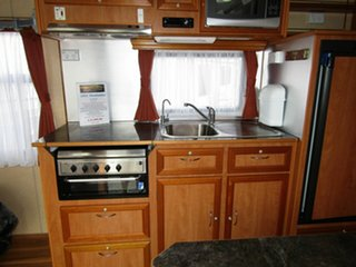 2011 Montana Leichardt Caravan.
