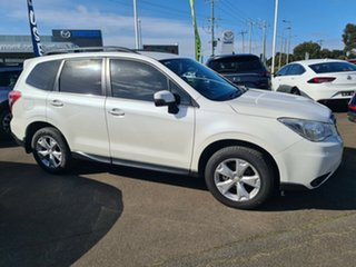 2013 Subaru Forester 2.5i-L Lineartronic AWD Wagon.