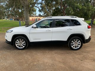2015 Jeep Cherokee Limited Wagon.