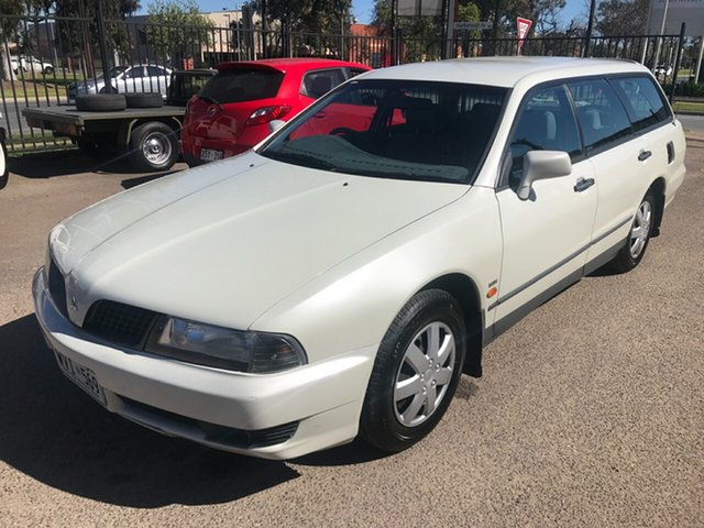 Discounted Used Mitsubishi Magna Executive, Woodville Park, 2001 Mitsubishi Magna Executive Wagon