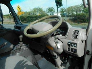 2011 Hino 716 medium Crewcab.