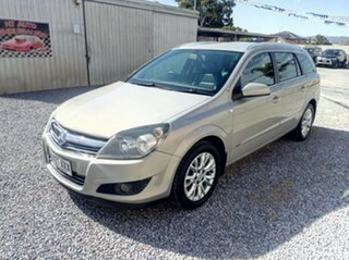 2009 Holden Astra CDX Wagon.