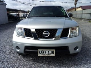 2007 Nissan Pathfinder ST (4x4) Wagon.