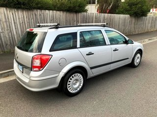 2008 Holden Astra CD Wagon.