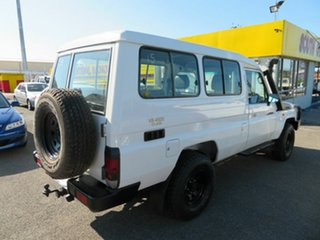 2008 Toyota Landcruiser Workmate (4x4) 11 Seat TroopCarrier.